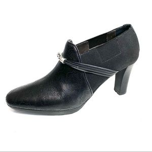 Brighton Booties Black Embossed Leather Size 6M